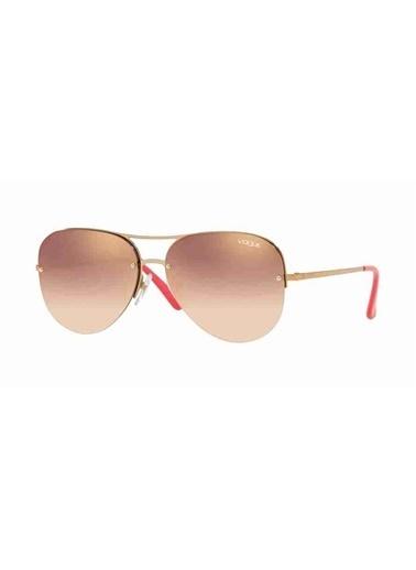 Vogue Vogue 4080S 50756F 58 Ekartman Kadın Güneş Gözlüğü Altın